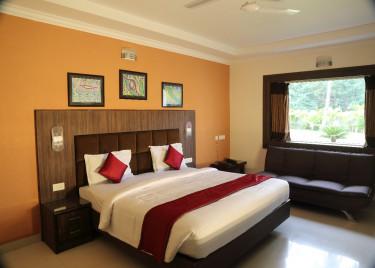 Premium Triple Deluxe cottage-Celebrity resort